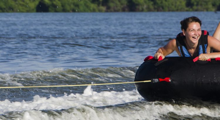 Water sports in Negombo